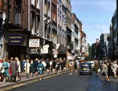 Grafton Street 1969 - another haunt Dublin Airport, Dublin City, Old Pictures, Old Photos, Grafton Street, Michael Church, Images Of Ireland, Ireland Homes, Emerald Isle