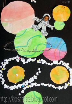 """Astronaut in the Solar System - Combination of Science and Writing. Have students glue their pictures within the """"solar system"""" and write a paragraph/essay on what they """"see"""" in space - planets, stars, galaxies, etc. Space Projects, Space Crafts, Art Projects, Artists For Kids, Art For Kids, Artists Space, Planet Drawing, Solar System Crafts, Solar System Projects For Kids"""
