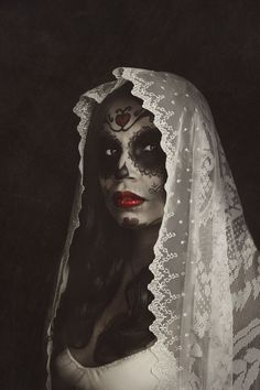 Awesome sugar skull makeup: