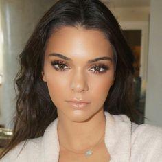 Kendall Jenner. Flawless natural-glam by Ariel Tejeda @makeupbyariel