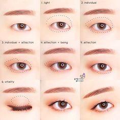 Image: From more than one person, close-up, text Korean Makeup Look, Asian Eye Makeup, Eye Makeup Art, Makeup Inspo, Makeup Lipstick, Monolid Eyeliner, Natural Eyeliner, Winged Eyeliner, Oil Free Makeup