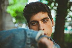 His eyes  Matt Hunter Correa