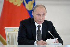 Kremlin Basın Sözcüsü Dmitriy Peskov, Devlet Başkanı Vladimir Putin'in Davos'ta düzenlenecek Dünya Ekonomik Forumu'na katılmayacağını söyledi.