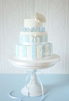 Étincellement avec Bleu et Blanc by Nadine's Cakes & My little white home, via Flickr: