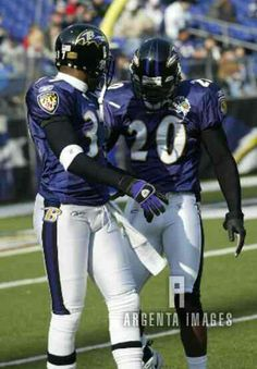 Deion Sanders and Ed Reed Football Is Life, Nfl Football, College Football, Football Video Games, Ed Reed, Sports Memes, World Of Sports, Sports Pictures, Baltimore Ravens
