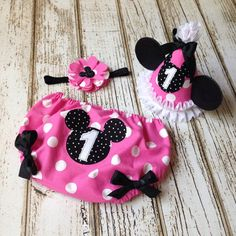 Minnie Mouse Pink and Black Cake Smash Set by Polkadotologie, $12.00