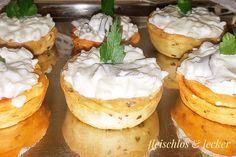 Kalte Reis Salat mit saure Gurken.Cremig und sehr lecker. Camembert Cheese, Cheesecake, Desserts, Food, Sour Pickles, Salads, Rice, Dessert Ideas, Simple