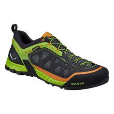 The Firetail 3 GTX is a low-cut high tech approach shoe with a modern design inspired by action sports, with a GORE-TEX® Extended Comfort lining to provide waterproof and breathable protection.<br/><br/>Designed for technical rocky paths, the Firetail 3 G