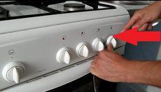 15-minútové domáce rožky bez kysnutia: Zabudnite na gumené pečivo z obchodu, toto je na stole za minútku! Kitchen Storage, Stove, Kitchen Appliances, Cooking Stove, Diy Kitchen Appliances, Home Appliances, Hearth, Appliances, Kitchen Gadgets