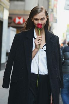 #KarlieKloss got a #rose from #CalvinKlein during #NYFW... I'd give her some, but they don't have enough roses on the planet.