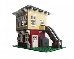 Train Signal Box, Switching Tower: A LEGO® creation by Brian Lyles : MOCpages.com