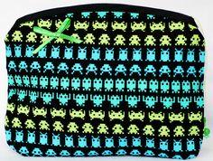 Necessaire feita em tecido de algodão importado R$22,00
