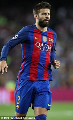 After struggling to break into the United first-team Pique returned to Barcelona