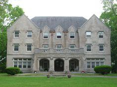 Delta_Kappa_Epsilon_Fraternity_House,_DePauw_University.jpg (2816×2112)