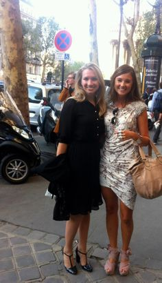 Parisian girls on the prowl  in Paris