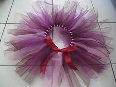 Cute DIY tulle tutu.  Perfect birthday gift for a little princess