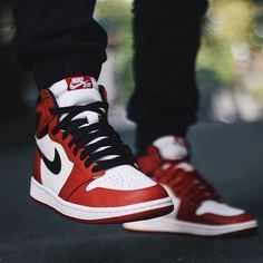 0c44ce4098dcdb Air Jordan 1 Retro High OG