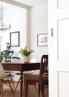 Weisse Tulpen | Foto: claudietta #esszimmer #diningroom #eameschair #tulpen #tulips