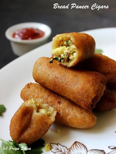 Bread Paneer Cigars - an easy and delicious #snack made with bread and cottage cheese filling!