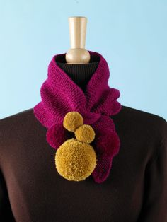 This delightful keyhole scarf with pom-poms is fun and eye-catching. Lion Brand Free Patterns, Knitting Needles, Knitting Stitches, Knitting Yarn, Free Knitting, Knitting Patterns Free, Knit Patterns, Knitted Shawls, Crochet Scarves