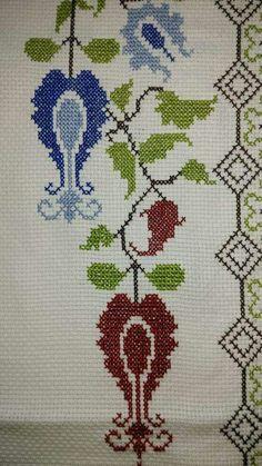 Cross Stitch Borders, Cross Stitching, Cross Stitch Embroidery, Cross Stitch Patterns, Teapot Cover, Art Nouveau Pattern, Prayer Rug, Yarn Shop, Easy Crochet Patterns