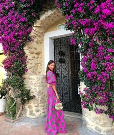 Too bold to blend in 🌺 Trendy Dresses, Summer Dresses, Boho Outfits, Fashion Outfits, Paris Chic, Boho Boutique, Coco Mademoiselle, Queen Dress, Flower Fashion