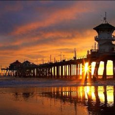 Huntington Beach - Expansive, sandy beach; amenities include fire pits. Bolsa Chica Wetlands are across the highway. Fee for parking. Along Pacific Coast Hwy between Santa Ana River and Main St, Huntington Beach.