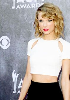 Taylor Swift at the ACM '14