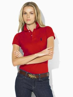 i love polos. they are so comfortable! Red Polo Shirt Outfit, Polo Shirt Girl, Polo Shirt Women, Polo T Shirts, Preppy Casual, Preppy Style, My Style, Golf Style, Shirts For Girls