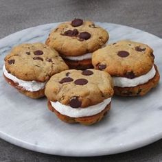 Eat Stop Eat To Loss Weight - Healthier Froyo Cookie Sandwiches - In Just One Day This Simple Strategy Frees You From Complicated Diet Rules - And Eliminates Rebound Weight Gain Healthy Desserts, Just Desserts, Healthy Cookies, Healthy Recipes, Healthy Food, Cookie Recipes, Dessert Recipes, Sandwich Cookies, Ice Cream Cookie Sandwich