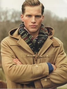 Men& hairstyle of the month of november. Preppy Look, Preppy Style, Style Men, New England Prep, Ivy League Style, Preppy Mens Fashion, Mens Attire, Duffle Coat, Student Fashion