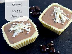 Wil je indruk maken deze kerst? Maak dan zelf bakjes van witte chocola en vul ze met mokka-mousse!