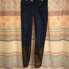 Gap jeggings with bronze detail Super unique jeans! No flaws, fits size 24. Have a cool bronze detail at the bottom! GAP Jeans Skinny