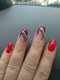 Christmas Nails For Beautiful Holiday Fashion Nail Tip Designs, French Nail Designs, Pretty Nail Designs, French Nails, Red Nails, Hair And Nails, Nail Pink, Cute Nails, Pretty Nails
