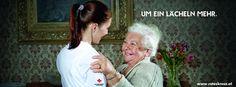 """Zufriedene pflegebedürftige Menschen, deutlich entlastete pflegende Angehörige und zufriedene Pflegende zählen bei allen Rotkreuz-Angeboten aus dem Bereich Pflege und Betreuung zu unseren Prämissen.  Im Fokus ist das """"Mehr"""", das den Unterschied macht: """"um ein Lächeln mehr"""" bei der persönlichen Betreuung, """"um die Sicherheit mehr"""" durch die Rufhilfe. Einfach """"um die Menschlichkeit mehr."""""""