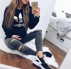Image via We Heart It #<3 #adidas #black #fashion #girl #jeans #love #haratchi