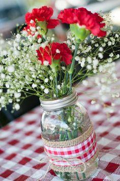 26 ideas backyard bbq party decorations mason jars for 2019 Bbq Party Decorations, Bbq Table, Birthday Bbq, Backyard Birthday, Birthday Table, Deco Champetre, Picnic Theme, I Do Bbq, Backyard Bbq