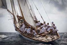 La Cote des Montres : Leonore, Naïf et Moonbeam IV, vainqueurs du Panerai Classic Yachts Challenge 2012 - Les Régates Royales de Cannes marquent la fin du principal circuit international de voiliers d'époque