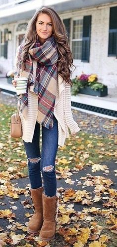 Cozy fall outfit ideas for active women 90208 clothes осенняя одежда, стиль Winter Fashion Outfits, Fall Winter Outfits, Women's Fashion Dresses, Look Fashion, Womens Fashion, Winter Boots, Casual Winter, Winter Style, Winter Wear