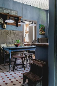 There are several styles of interiors that I am drawn to, and this 300 year old restored coachm...