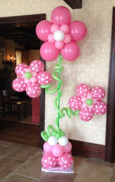 Party People Celebration Company - Special Event Decor Custom Balloon decor and Fabric Designs: June 2013 Balloon Centerpieces, Balloon Decorations, Baby Shower Decorations, Balloon Ideas, Graduation Decorations, School Decorations, Polka Dot Balloons, Balloons Galore, Stoff Design