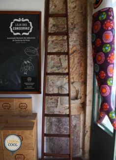 Loja das Conservas - Lisboa Ladder Decor, Cool Stuff, Home Decor, Lisbon, Preserve, Decoration Home, Room Decor, Interior Decorating