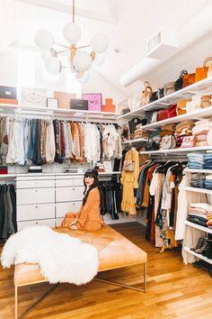 Small Master Closet, Master Bedroom Closet, Small Closets, Dream Closets, Closet Hacks, Ikea Closet, Closet Ideas, Closet Rooms, Rangement Makeup