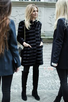 Make Life Easier Minimal Fashion, Urban Fashion, Beautiful Outfits, Cute Outfits, Fashion 2018, Womens Fashion, Lawyer Outfit, Outfit Combinations, Elegant Outfit