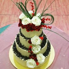 Wedding cake #weddingcakes Got Married, Getting Married, Party Venues, Christening, Wedding Cakes, Weddings, Wedding Gown Cakes, Wedding, Cake Wedding