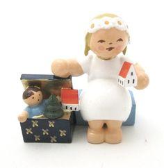 Snowflake Angel with Toybox Wendt & Kuhn http://www.amazon.com/dp/B00I560RFE/ref=cm_sw_r_pi_dp_Vgotub1D8N8CV