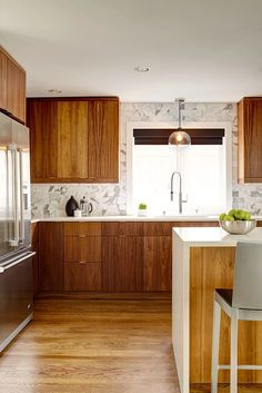 Modern Kitchen Interior Remodeling A Contemporary Mid-Century Home in Seattle Home Decor Kitchen, New Kitchen, Home Kitchens, Kitchen Ideas, Modern Kitchens, Modern Kitchen Design, Interior Design Kitchen, Kitchen Designs, Pollo Tropical