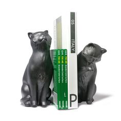 Adorable expressions on this stylish pair of black cat bookends are sure to delight all feline lovers while holding your books securely. Bottom is lined to protect furniture. Packed in an attractive c