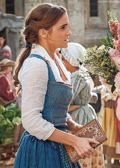 """ewatsondaily: """"""""Emma Watson as 'Belle' in Disney's Beauty and the Beast """" """" Walt Disney, Disney Belle, Disney Cruise, Emma Watson Model, Emma Watson As Belle, Bell Emma Watson, Emma Watson Hair Color, Emma Watson Cute, Ema Watson"""
