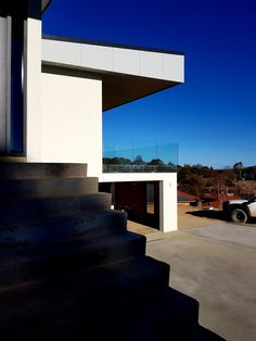 A modern home in Armidale, NSW Home Art, House Plans, This Is Us, Past, Stairs, Clouds, In This Moment, Building, Modern